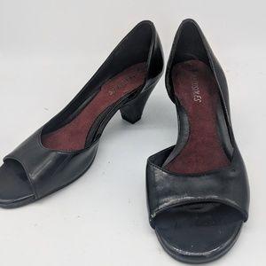 Aerosoles black open toed heels